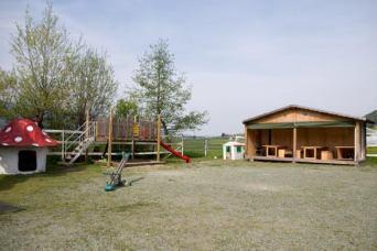 Spielplatz auf dem Rosenbergerhof Tuggen SZ